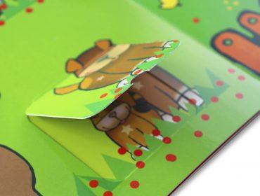 libro de carton con ventanas